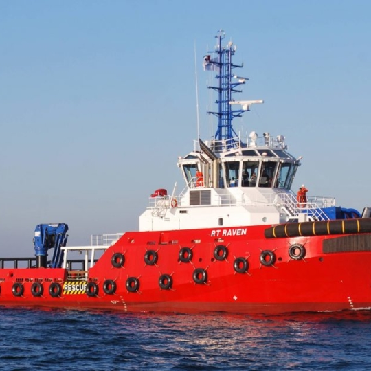AKC 100 LHE4 installed on the largest and most sophisticated Rotor tug ever built